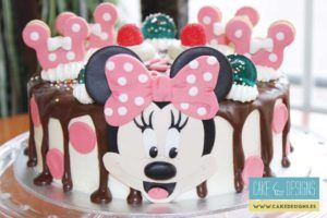 Drip cake - Minnie Mouse